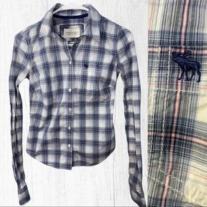 Abercrombie & Fitch Plaid Button Shirt Size Small